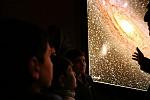 «Ταξίδι» στους πλανήτες και τα αστέρια – Παιδιά πρόσφυγες ξεναγήθηκαν στο Εθνικό Αστεροσκοπείο (athina984.gr)